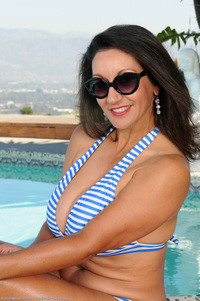 busty mature porn star per persia monir pictures pussy play poolside