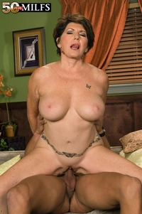 big pics mature busty mature riding dick galleries