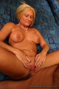 busty mature milf galleries galleries faa gallery busty mature roxy lifts toned legs high have milf pussy fucked sutrau dqv
