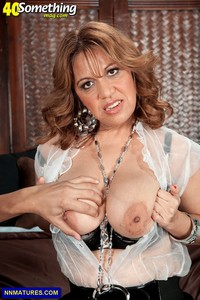 busty milf photos busty milf marisa carlo pics natural from something showing tits gallery