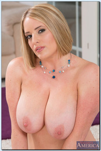 busty milf photos busty blonde curvy maggiegreen maggie green milf nails young stud