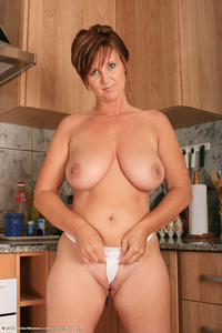 busty milf pic galleries atk aunt judys model pic kitchen busty milf