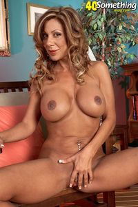 busty milf porn pic picpost thmbs hot busty nude milf giving peek pink pics