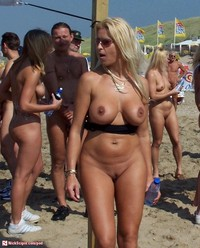 busty milfs pictures media busty milfs pic