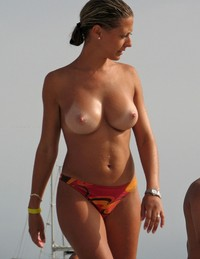 busty mom sex gallery photos voyeur mom busty pictures