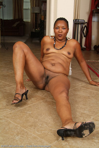 ebony mature porn images galleries incredible ebony mature wants see majestic body
