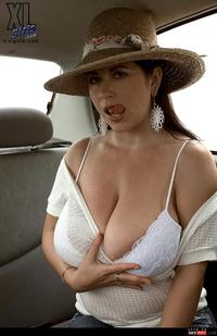 erotic milf photo wmimg solo tits milf latina xlgirls car bbw boobs shaved show sexy gallery