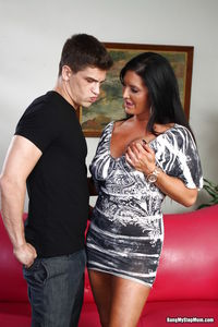 exclusive milf gallery sammy brooks milf gets pounded