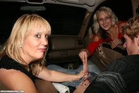 exclusive milf gallery pictures general over handjobs milf roberta teen