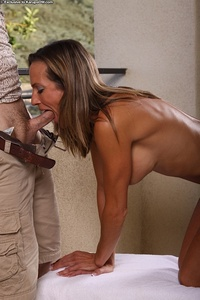 exclusive milf gallery mom getting banged