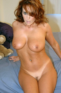 exclusive milf pictures over million horny milfs this exclusive milf dating waiting