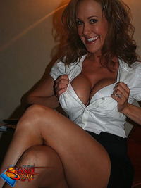 gorgeous milf pictures brandi blove look gorgeous milf adult star