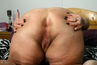 granny asshole photos fat inviting