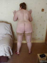 Mature manchester wife with great tits undressing - 3 part 1