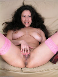 hairy mature pictures large jsmtn busty caroline hairy mature momhairypussy