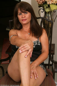 hairy moms galleries veronika pict pictver