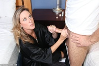 handjob mom pics galleries gthumb over handjobs jodi lustful blonde mom