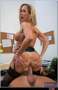 hardcore mature porn pictures wmimg blonde brandi love christmas hardcore mature milf naughty america office secretary thesexbomb lisa sparxxx ffm porn pictures strapon