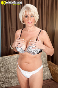 hardcore milf porn pic milf porn something mag swinger nudist but now star