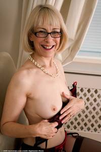 hazel mature porn media hazel may porn stocking aces