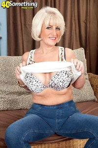 high definition mature porn desire collins swinger nudist but now porn star older somethingmag gallery picture