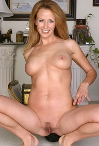 horny milfs images