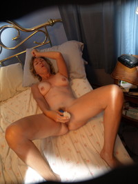 horny mom pictures maturewoman