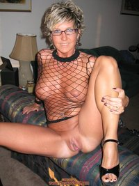 horny wife porn pic wifeporn horny milf slutty outfits