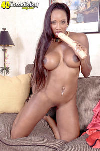 hot mature mom black ebony porn old hot mature mom diamond photo