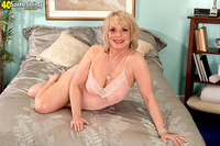 hot mature mom shorthaired mature blonde from something magazine