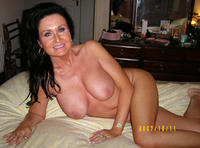 hot mature moms porn pictures hot nude moms turn horny