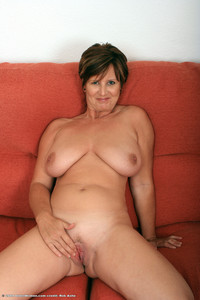 hot mature nudes ecaa