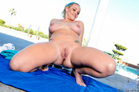 hot mature pussy gallery milf porn anilos hot fingers mature pussy pool