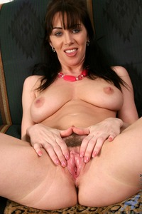 hot mature pussy photos rayveness mature pussy