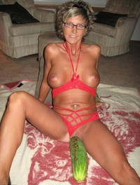 hot milf photo hot milf hotmum mum exposed slut naked photos
