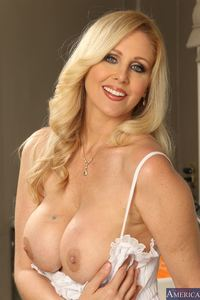 hot milf porn pics hosted tgp julia ann pics hot milf gets banged hard kitchen milfslikeitbig picture gallery nude porn pictures