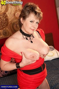 hot milf porn picture year old milf donna marie medium boobs mature lady sexy black lingerie pictures