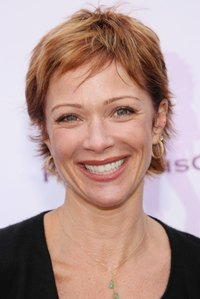 hot moms image attachments celebrity pictures lauren holly hot moms soiree hollywood black pants shirt