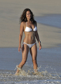 hot moms in bikini brooke burke bikini are celebrity moms destroying body
