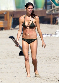 hot moms in bikini assets ashley greene unveils sexy athletic bikini body malibu zoom celebrity news