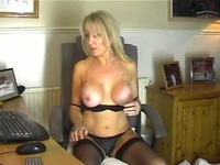 hot moms pussy hot mom stockings showing pussy