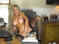hot mother pussy pics hot mom stockings showing pussy