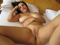 hot naked moms iobeckb relaxing bed