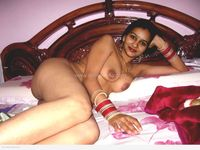 hot nude wife pics kiranp hot desi wife naked pics honeymoon housewife page