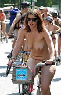 hot sexy moms naked mom riding bike