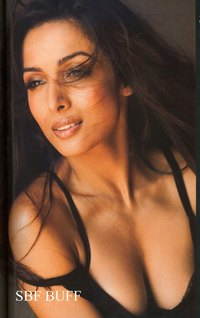 hot sexy moms malaika filmfare photoshoot arora khan hot cleavage show