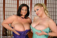 huge boob mature porn eeb tits blonde brunette lesbians bbw samantha mature milf hot sluts have huge bang their boobs together bed