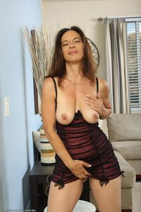 ideal mature wife samples mel models melissa