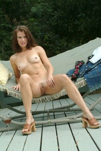 just milf pics some random milfs showing today here milf deluxe