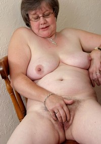 mature bbw porn amateur porn mature bbw grannys wearing glasses escort home gallery